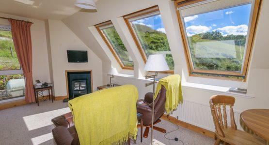 Barn Cottage lounge & diner