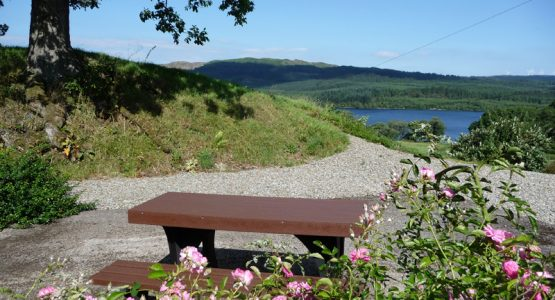 picnic table, garden and Loch